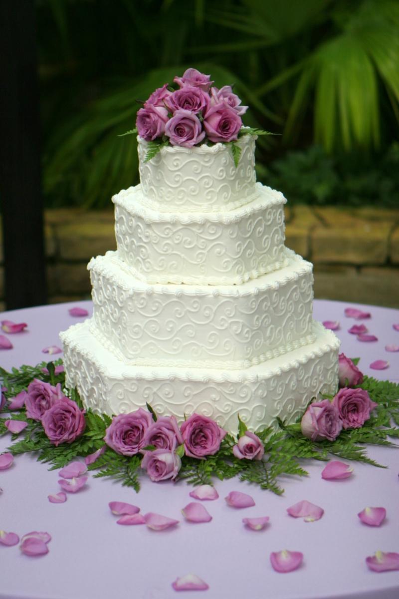 Eckige Mehrstoeckige Hochzeitstorte Wir Sagen Ja