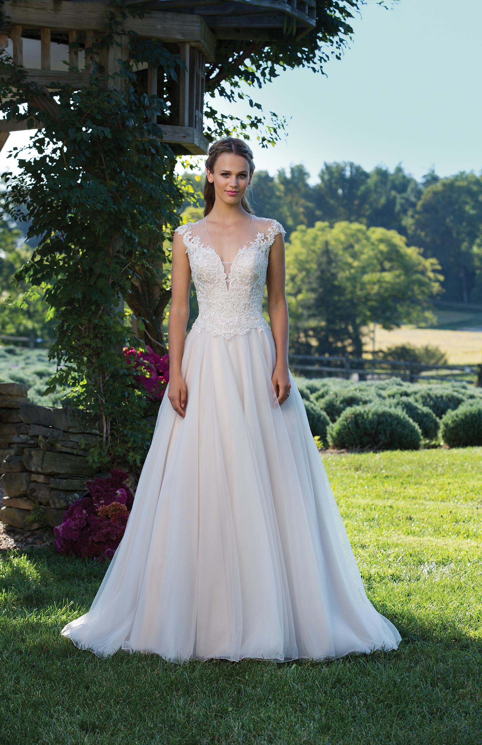 Ziemlich Türkisches Brautkleid Bilder - Brautkleider Ideen ...