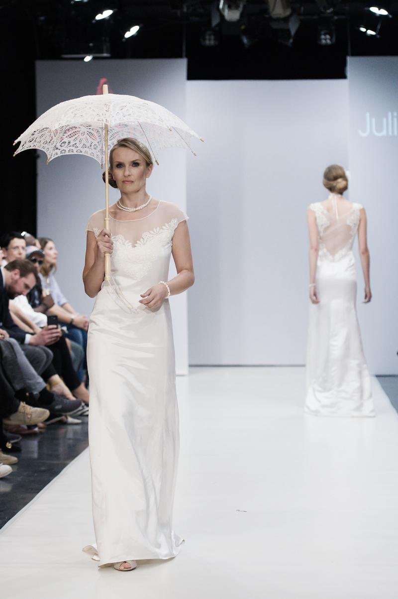 Elegant und nachhaltig: Couture-Brautkleider von Julia Starp - Wir ...