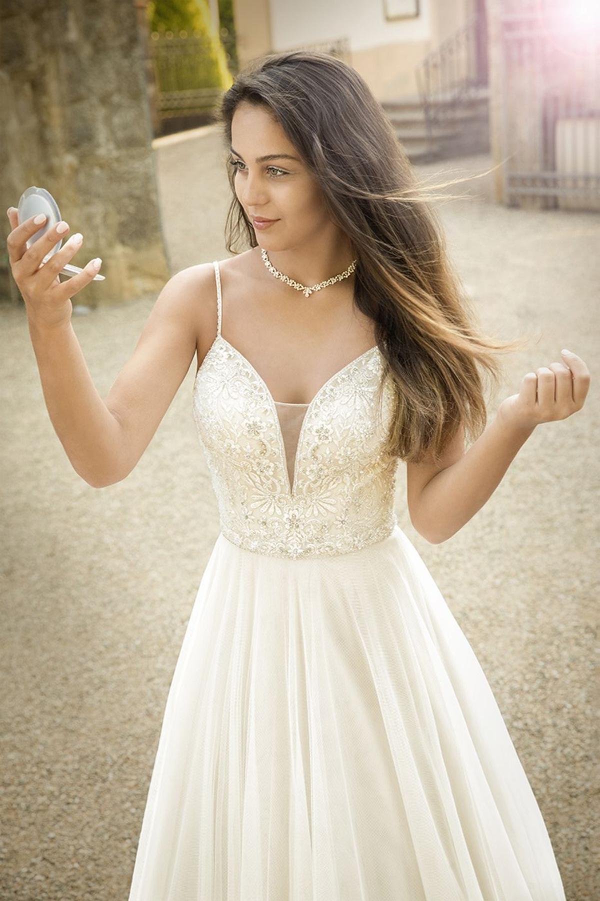 Kleemeier Brautkleid 12415 ELEA MIT SCHLEPPE - Wir sagen Ja!