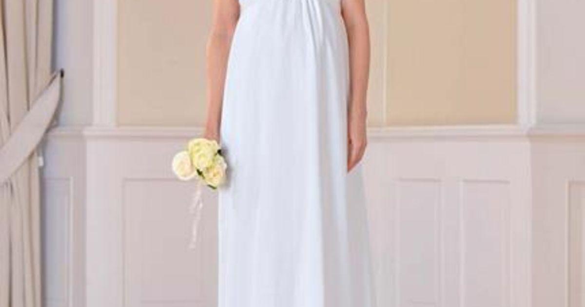 21a1477b2c3 Das richtige Brautkleid in der Schwangerschaft  Hochzeit mit Babybauch -  Wir sagen Ja!