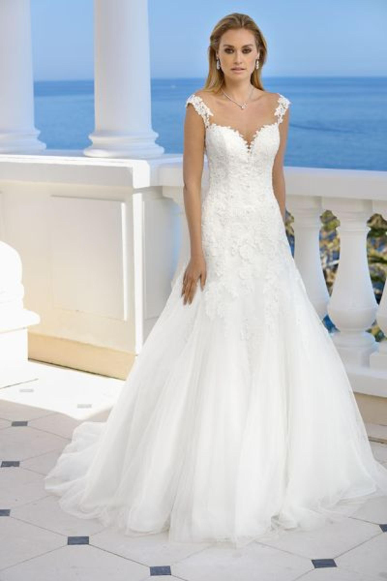 Wunderschöne Ladybird Brautkleider aus der Kollektion 2018 - Wir ...