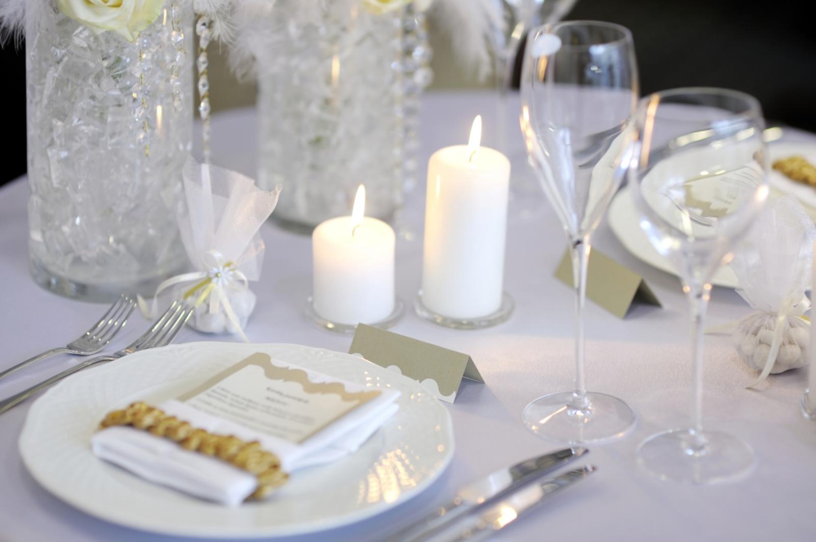 Tischdeko inspirationen f r die hochzeitsfeier wir for Hochzeitsdekoration hamburg